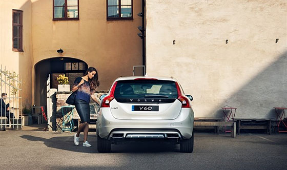 Volvo Cars Launches Stress-Free International Student Program