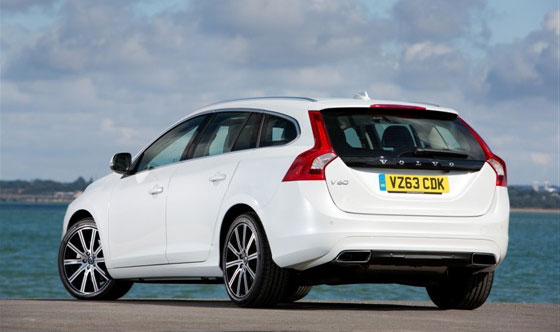 Volvo S60 and V60 Win Premium Car of the Year