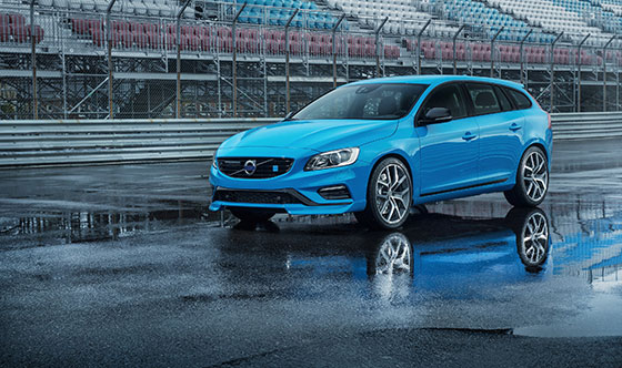 Volvo V60 Polestar Wins Best New Sports Performance Car over $50,000 at the 2015 Canadian Car of the Year Awards