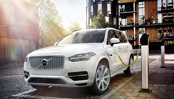 Volvo Cars introduces Twin Engine technology in world's most powerful and cleanest SUV