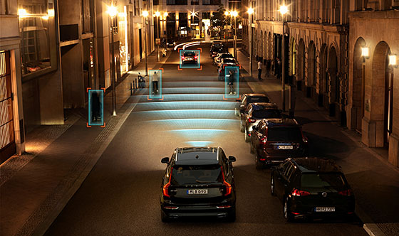 Volvo City Safety in darkness