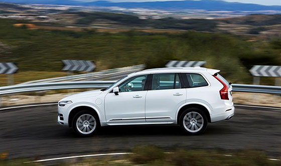 All-new Volvo XC90 named AUTOMOBILE All-Star, collects three more awards
