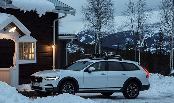 Volvo Cars and Tablet Hotels open secluded Get Away Lodge