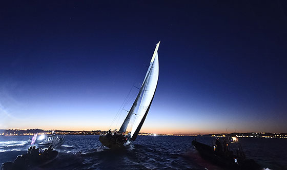 Lisbon lights up for flying Dutchmen